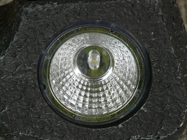 halogenové světlo.jpg