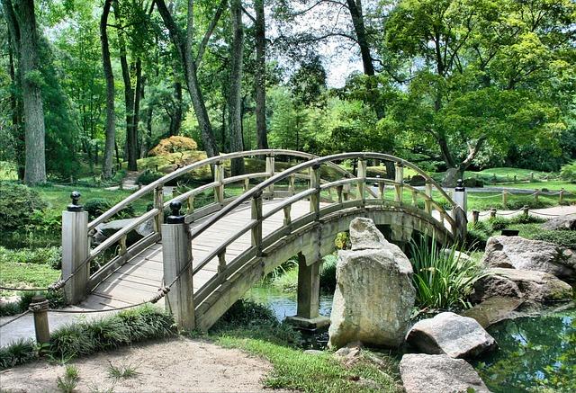 okrasný most